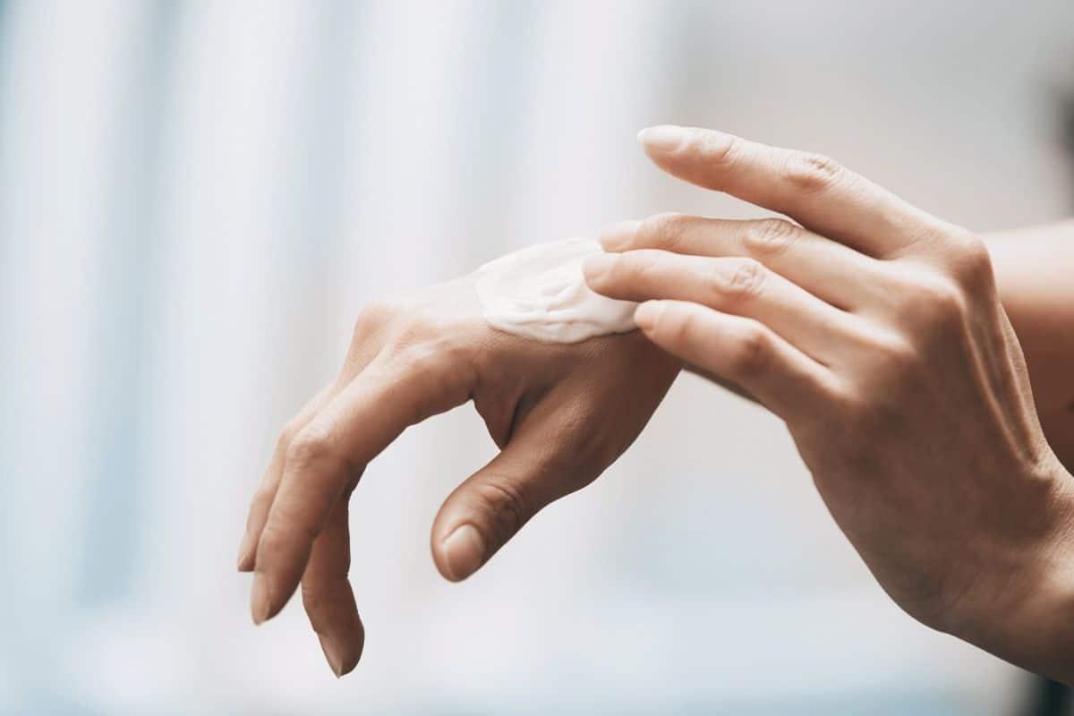 Crema nutriente per le mani